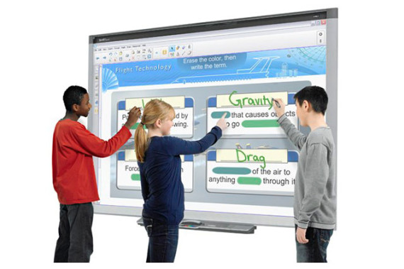 comprar-panel-interactivo_pizarra_digital-silvaniapc-granada